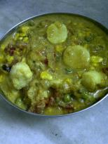 Colocasia with Green Pea & Corn